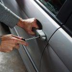 ouverture de porte automobile
