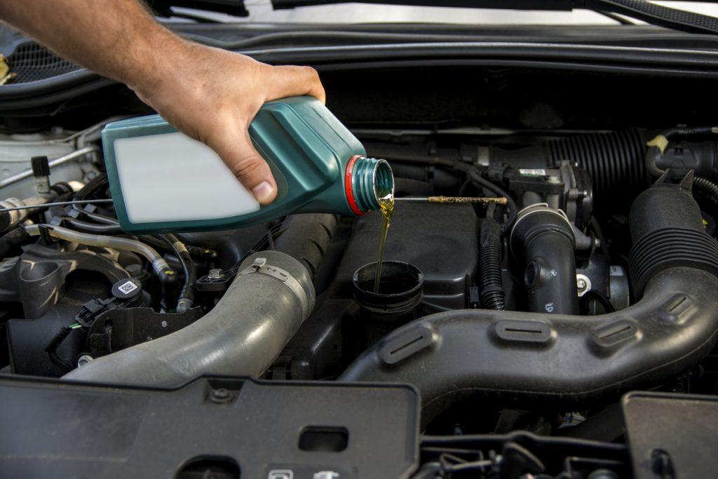 Bidon d'huile moteur